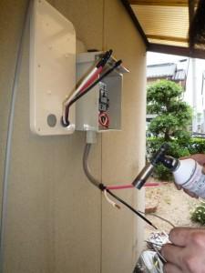 エコキュートIHクッキングヒーター専用分電盤設置200V配線作業