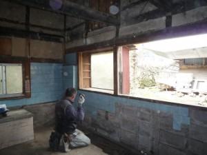 床・壁・天井解体
