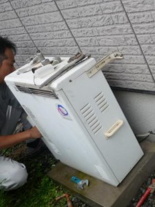 フルオートガス給湯器