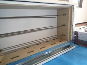 蓄熱暖房機本体ケース