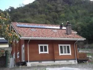 2段目 太陽電池モジュール