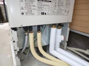 給水 給湯 エコキュートヒートポンプ配管 追い焚き配管